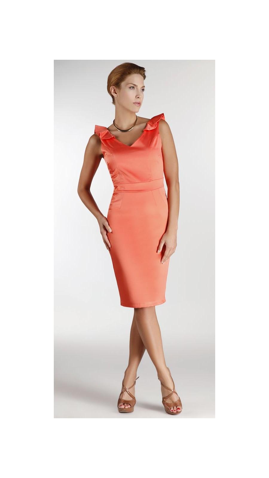 22d4a263706f Φόρεμα με ιδιαίτερη πλάτη και φραμπαλά - Open Fashion
