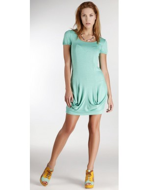 Dress with ruffles and short sleeves