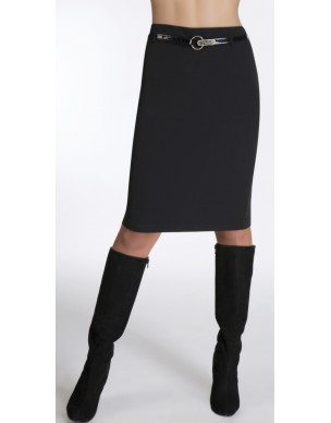 Tight skirt with belt