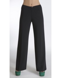 Wide trousers with distictive buckle