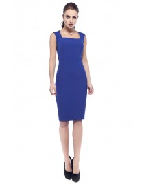 Φόρεμα απλό σε στενή γραμμή