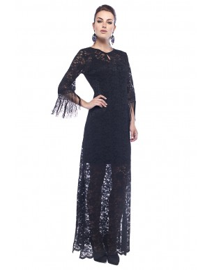 Total laced maxi dress with fringes on the sleeves