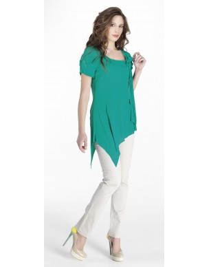 Asymmetric top with bow front